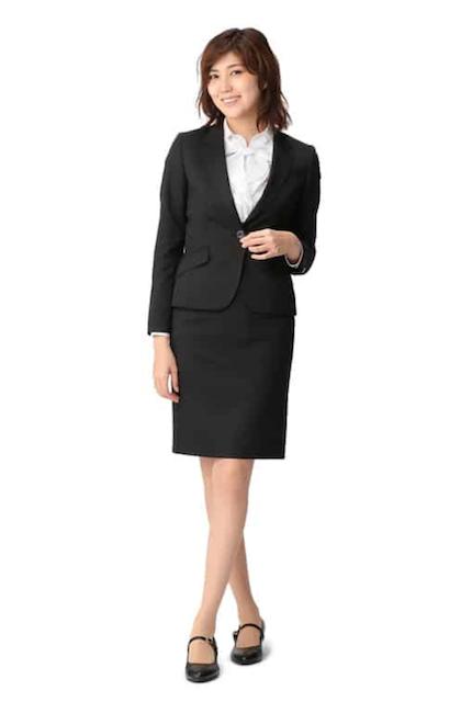 大学入学式スーツ女子AOKI